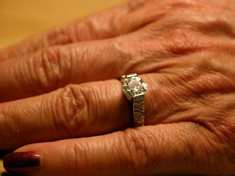 Thumbnail: Wrinkled hand