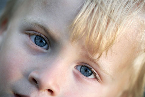 Thumbnail: A child's eyes