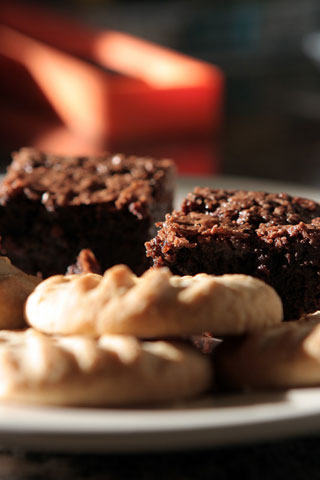 Thumbnail: Brownies and oatmeal cookies