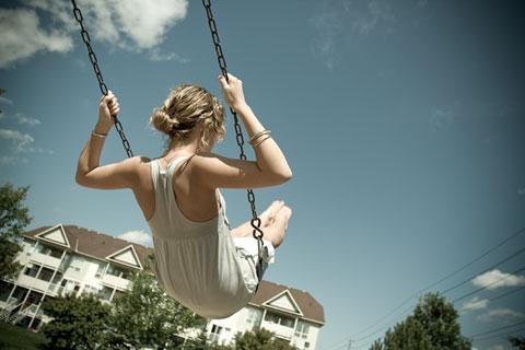 She swings away