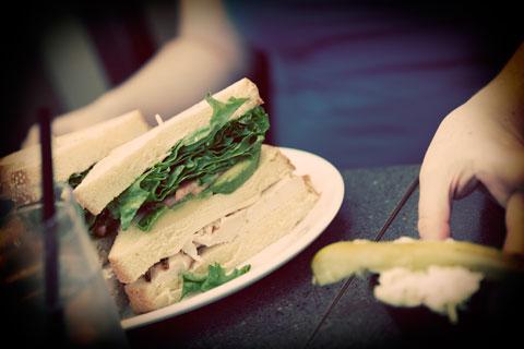 Thumbnail: Avocado chicken sandwich