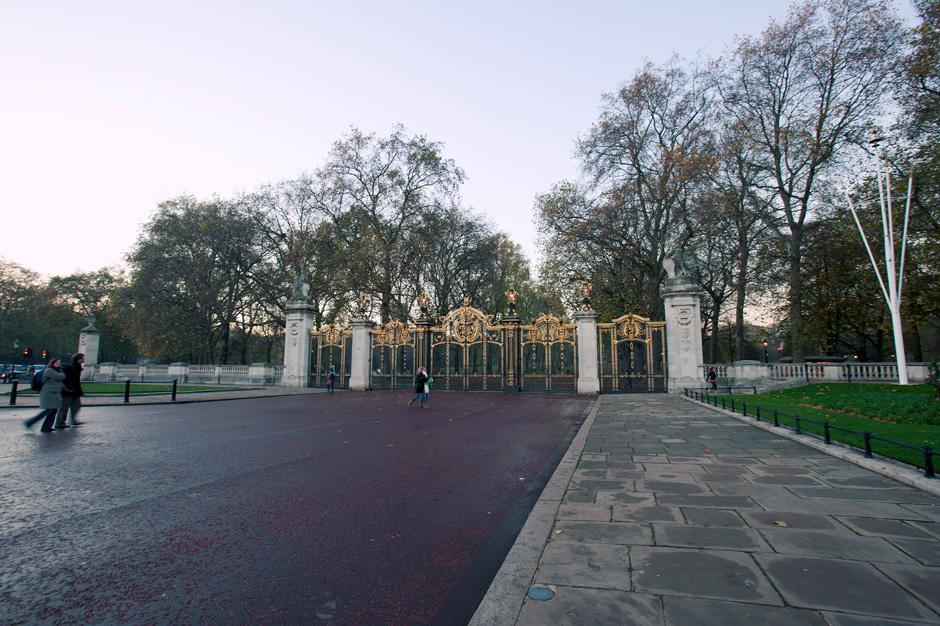 Green Park entrance