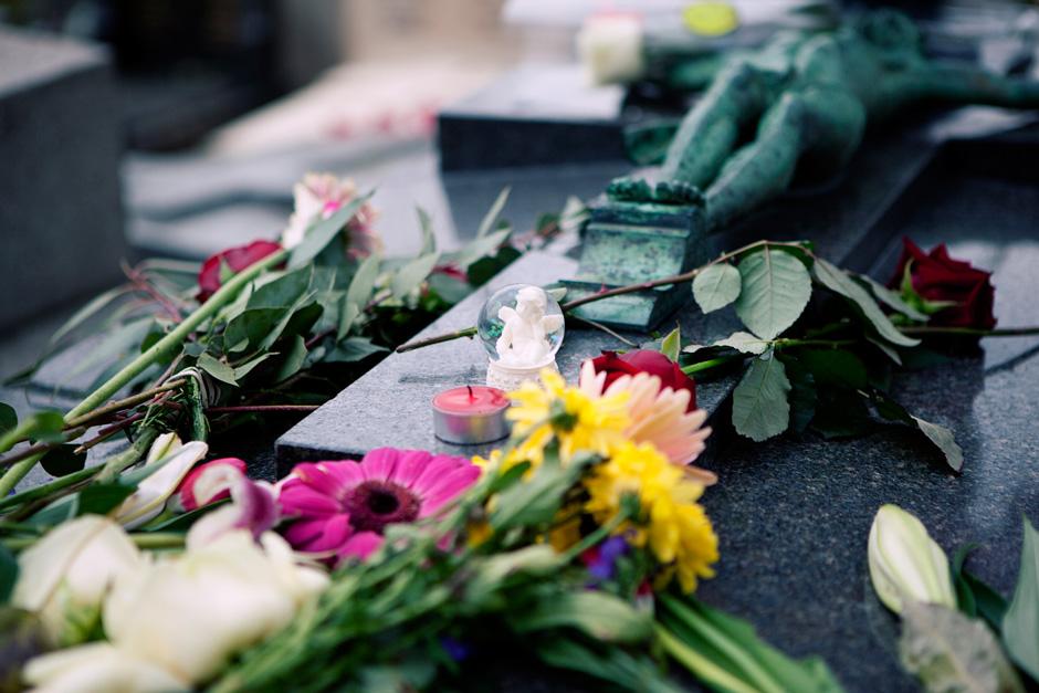 Edith Piaf grave details