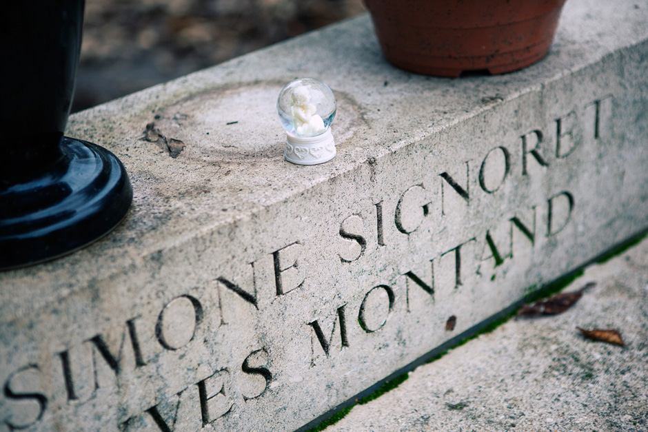 Yves Montand's grave details