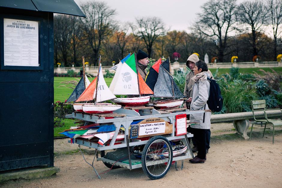 boat vendor