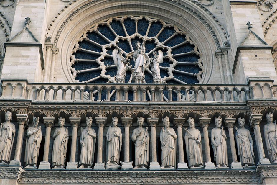 Notre Dame de Paris, statues