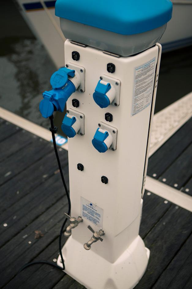 dock plugs
