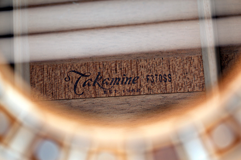 Takamine F370SS: model number