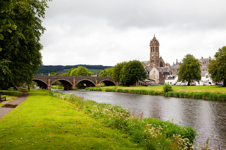 Peebles bridge and church