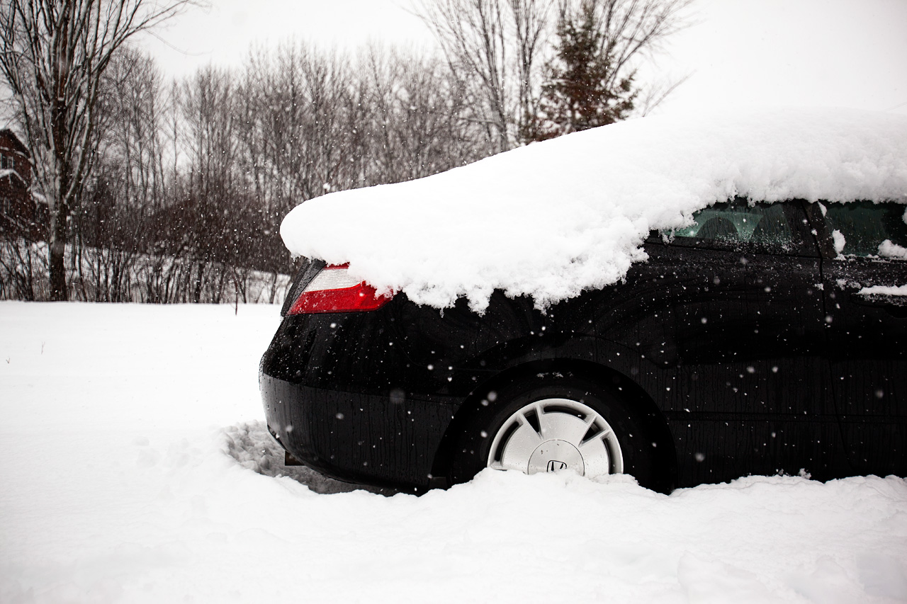 car-in-snow